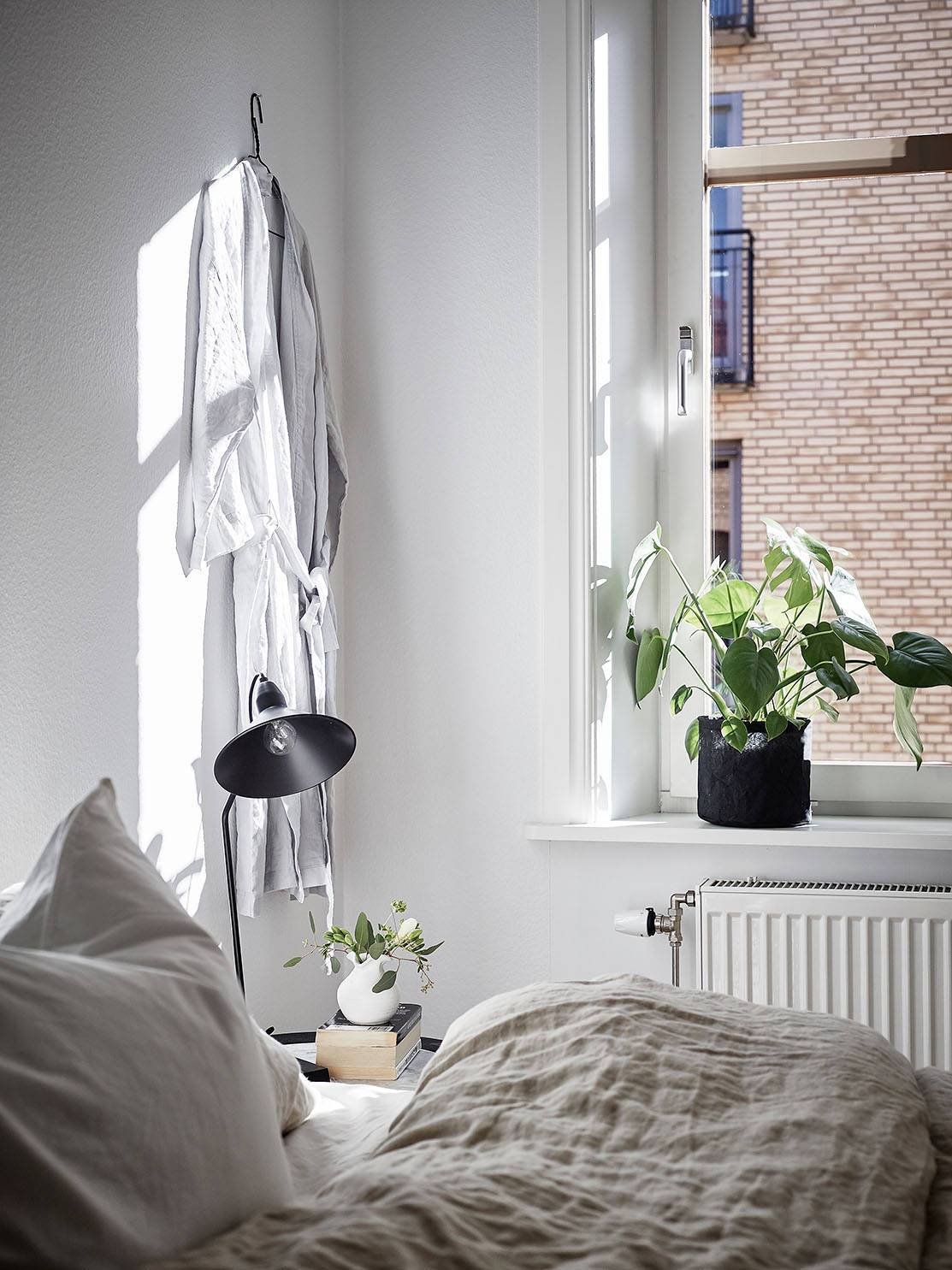Interior Envy: Inspiring Minimal Bedrooms Monochrome Interior Blog