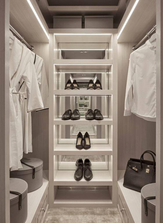 12 Small Walk in Closet Ideas and Organizer Designs | Walk ...